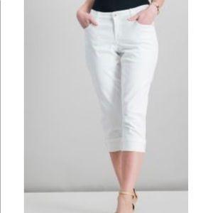 Style & Co tan Capri jeans